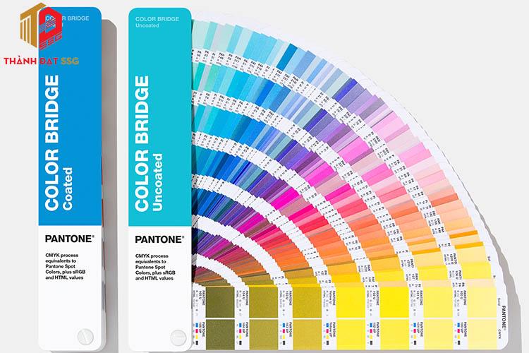Sử dụng màu Pantone
